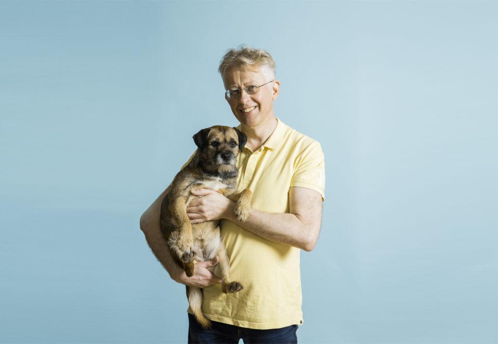 Meteorologi Pekka Pouta ja Sini-koira